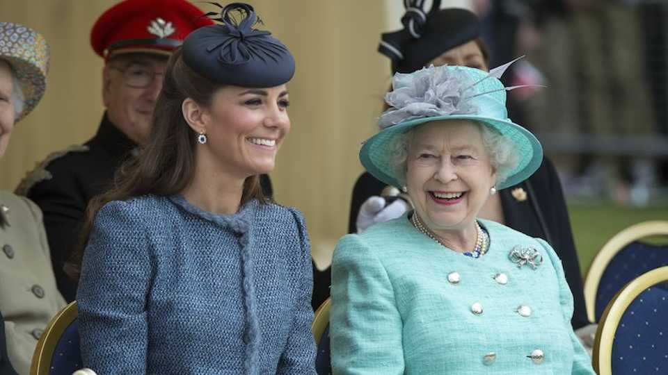 Guess What Kate Middleton Gave The Queen For Christmas! | Grazia