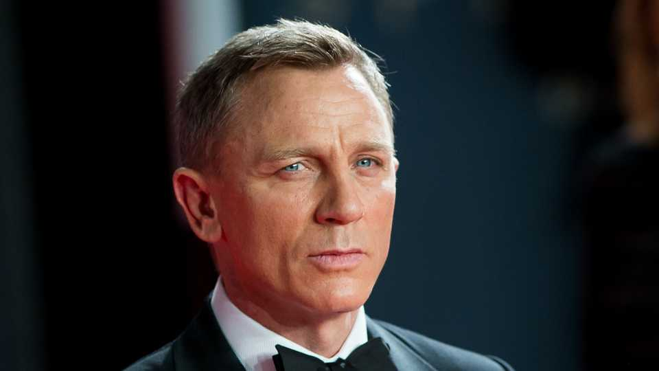 Daniel Craig Is Back For The Next Bond Film, According To ...