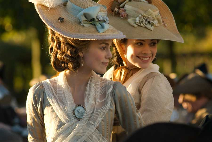 Keira Knightley and Hayley Attwell in The Duchess