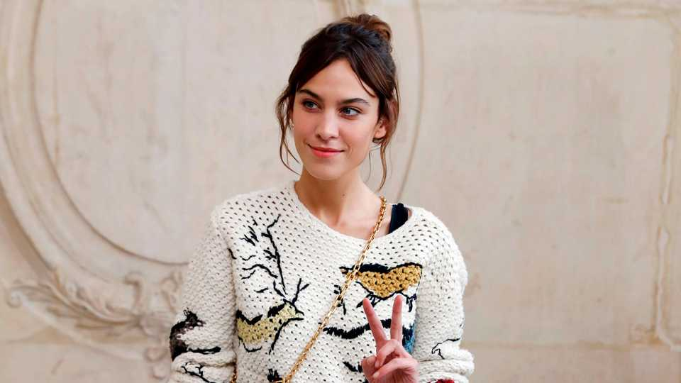 Alexa Chung Asked A Dj To Turn Off A Song By Her Exs Band Grazia