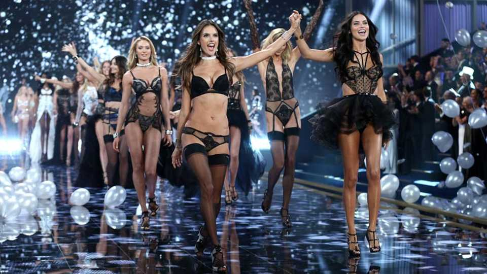 How The Victoria's Secret Angels Get In Shape