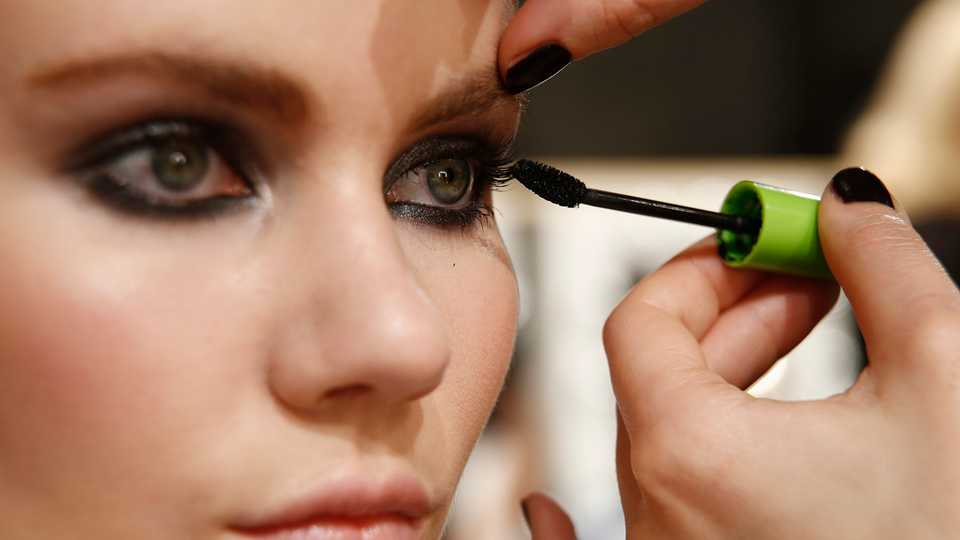 The Best Mascaras For Sensitive And Delicate Eyes Grazia