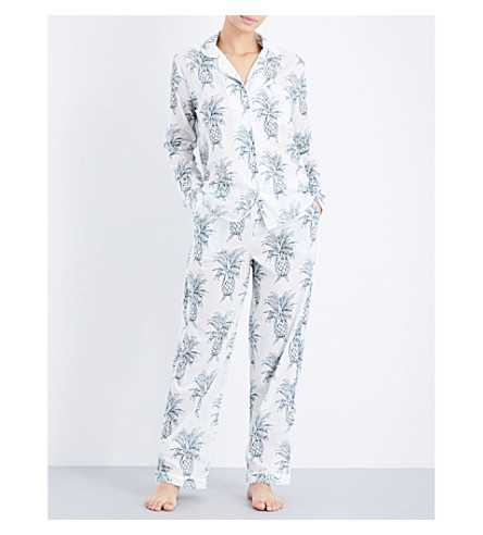 The Most Stylish Pyjamas To Lounge In This Christmas  9dd603958