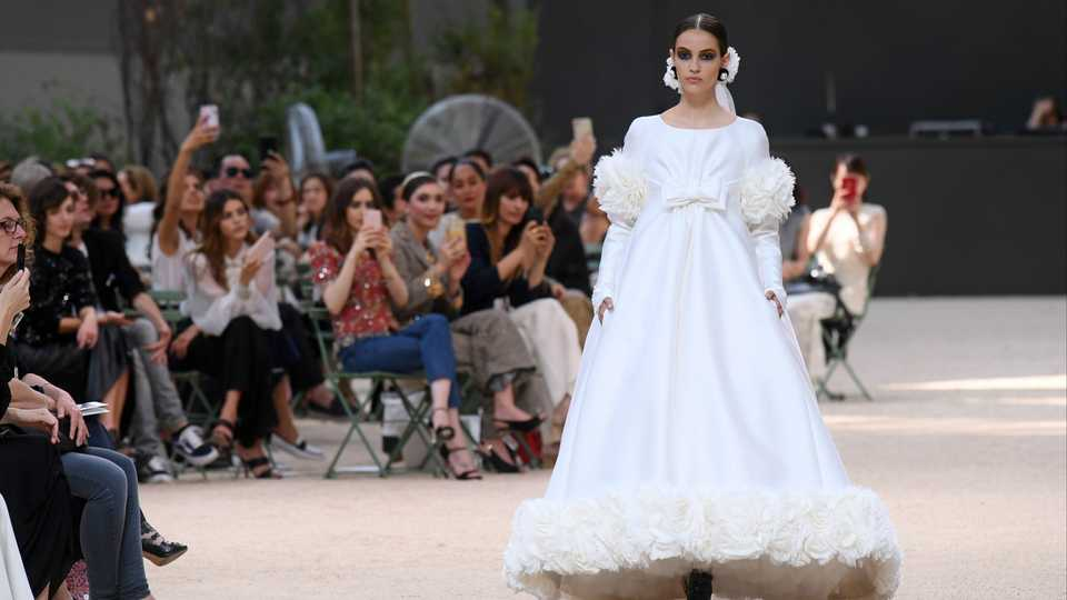 We want to get married in a chanel wedding dress immediately grazia rex junglespirit Choice Image