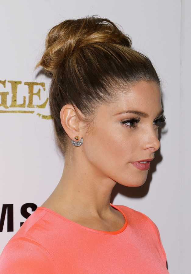 How To Do A Top Knot And Make It Look Good Grazia