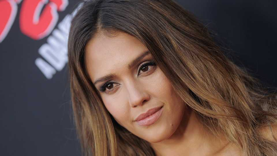 The new balayage tiger eye hair is a trend youre going to love getty publicscrutiny Choice Image