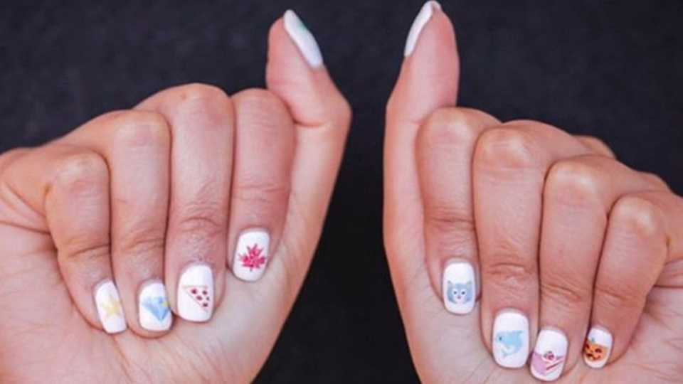 There\'s A Machine That Prints Emojis Straight Onto Your Nails | Grazia