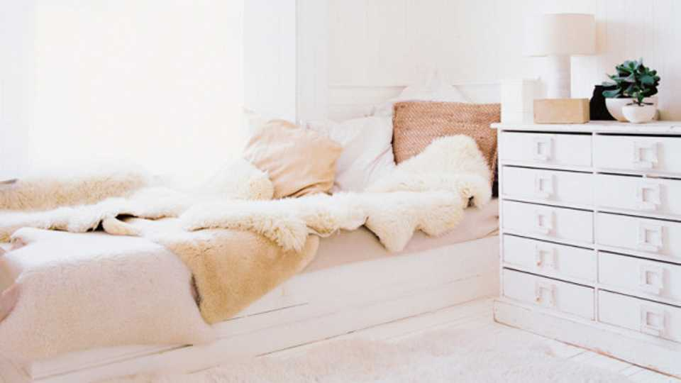 how bed more comfortablebed a com realhero to guides comfortable comforter make overstock