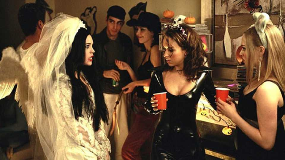 can bad taste halloween outfits ever be good grazia