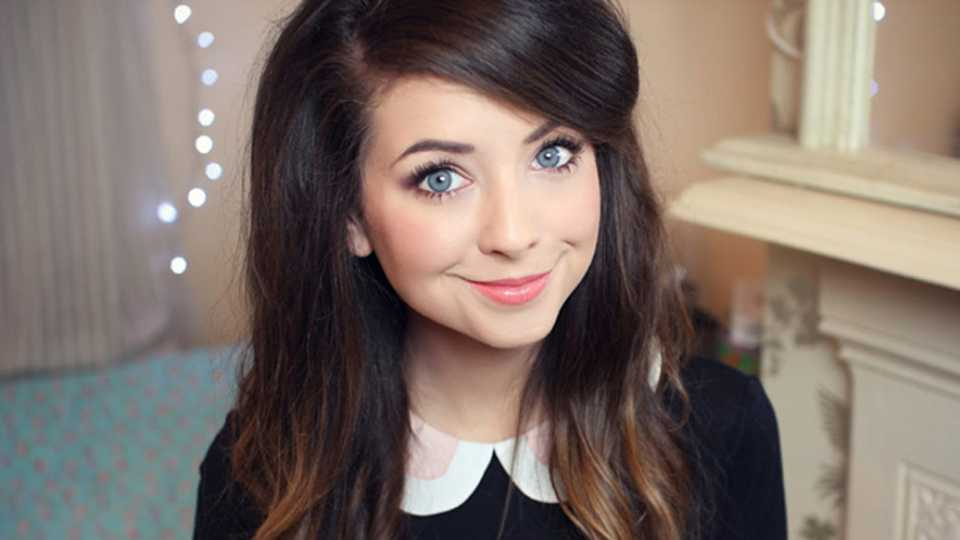 Blogger Zoella On Her New Book, Working With Simple And