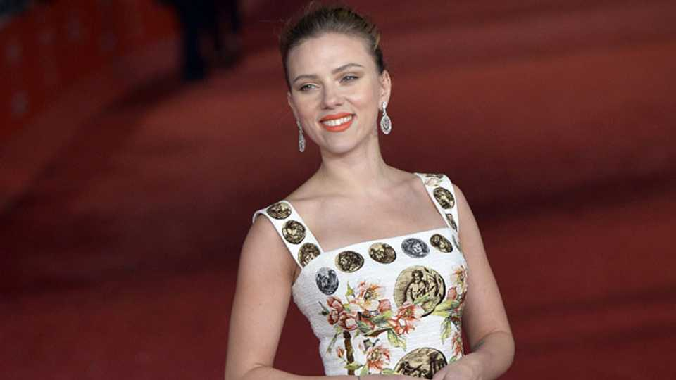 Scarlett Johansson Gives Birth To A Baby Girl! Find Our Her Un-Hollywood Name