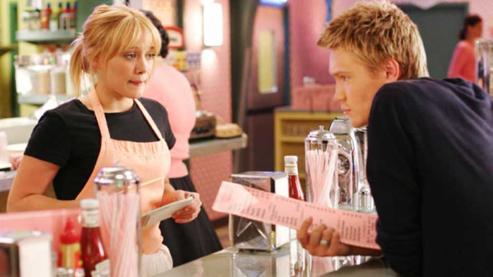 11 Realities Of Working As A Reluctant Waitress Grazia
