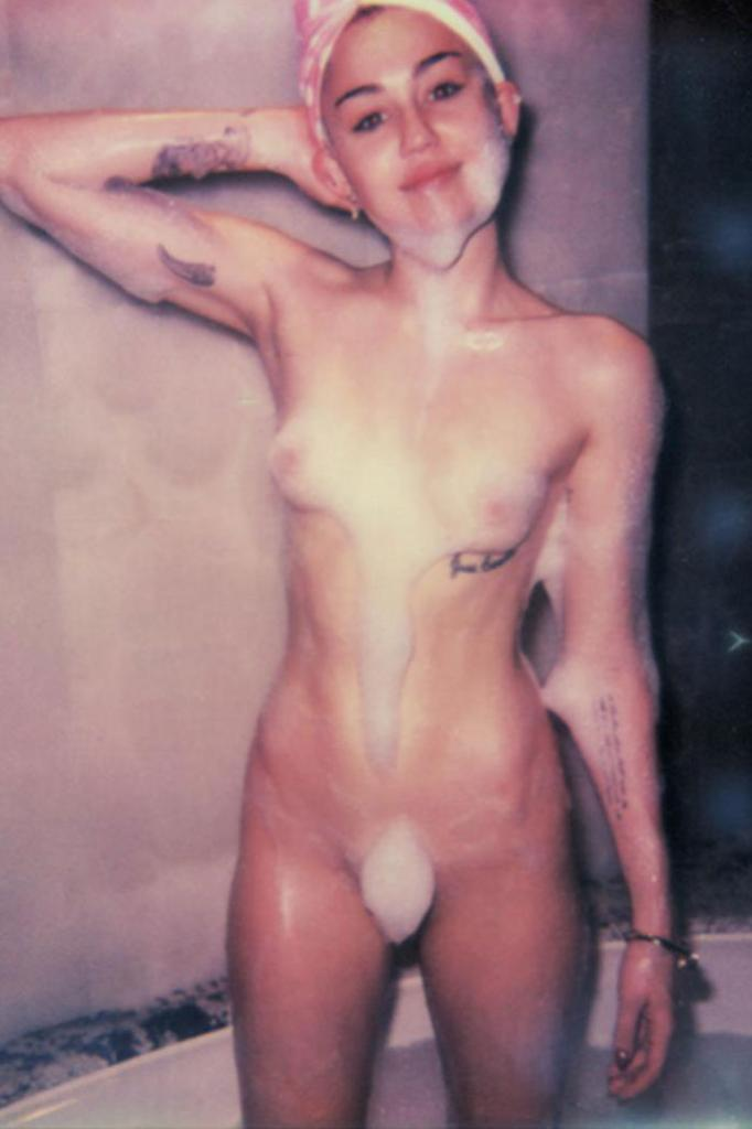 Assured, that Miley cyrus completely naked pics