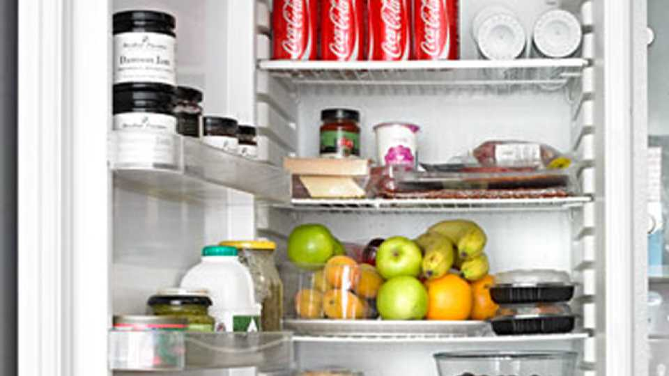 The 6 Beauty Products You Should Be Keeping In The Fridge ...