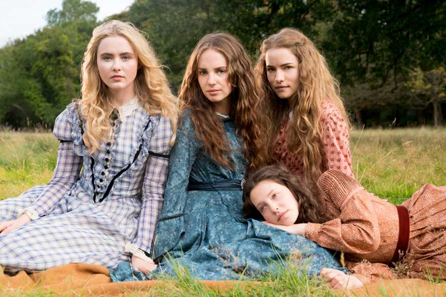 a plot summary of the story little women Best answer: little women by louisa may alcott short summary (synopsis) little women opens on the lives of the four march girls just as the two youngest are entering adolescence.