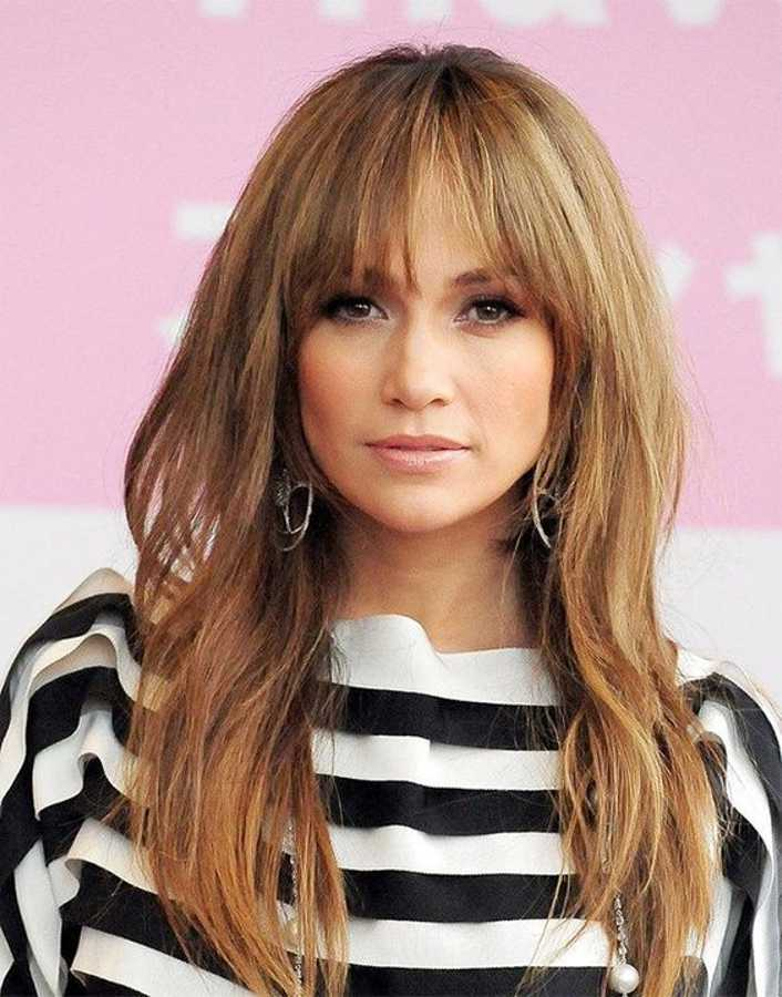 25 Best Fringe Hairstyles to Refresh Your Look