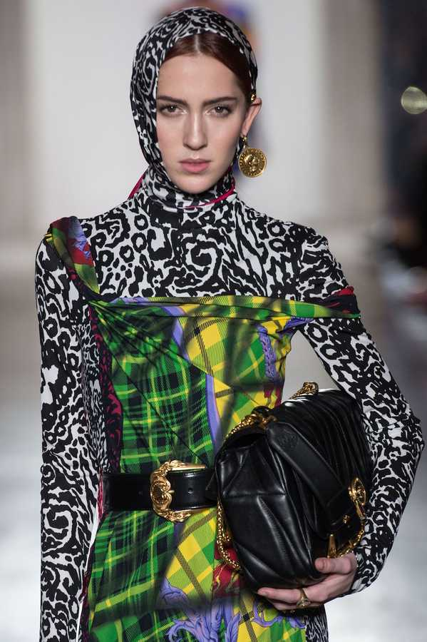 Versace's Ultimate AW18 Accessories