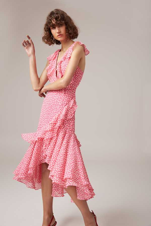 Stylish Wedding Guest Dresses You\'ll Actually Want To Wear Again ...
