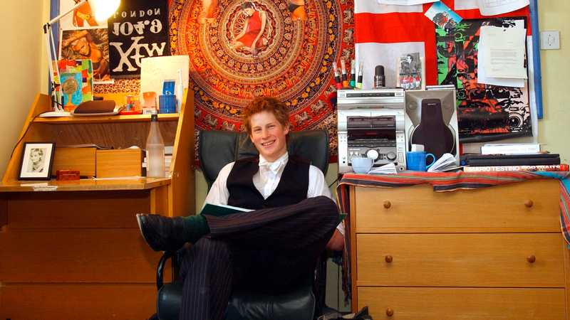 Prince Harry Had A Picture Of Halle Berry In His Dorm Room At Eton, And Now She Knows About It