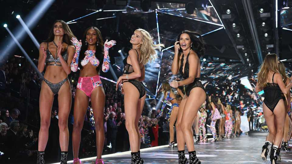 Victoria's Secret 2018 Show: The Highly-Relatable Hidden Messages Behind The Looks