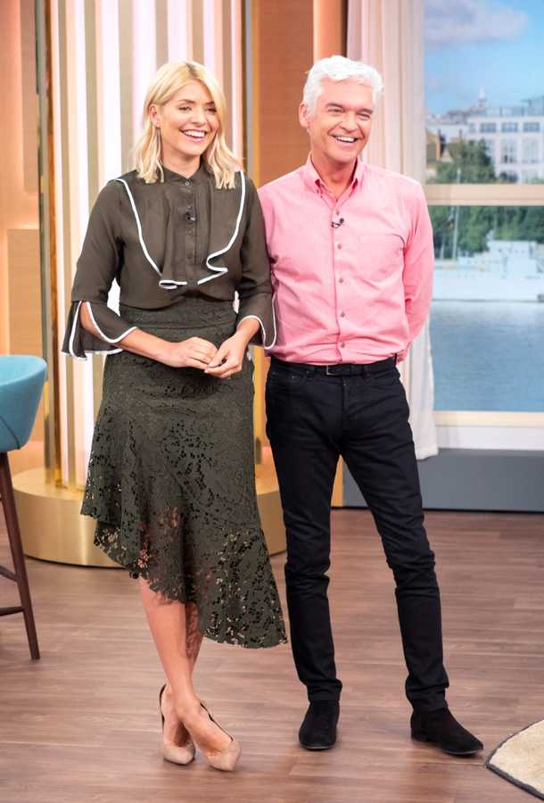 holly willoughby personal style