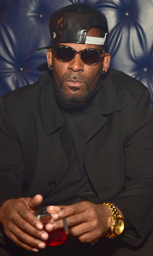 Reports: Sony Music, R. Kelly Part Ways