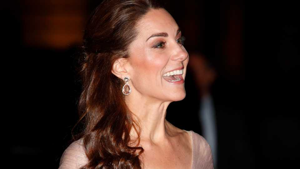 Princess In Pink  Kate Middleton Wears Gucci Gown To V A Gala  4688ee19a